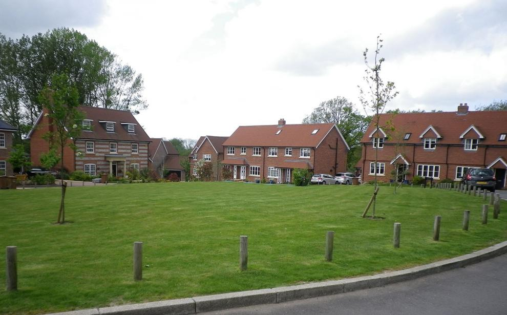 The development of 30 new houses has now been completed and occupi
